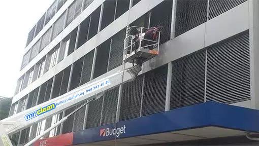 Fensterreinigung Zürich durch Fensterreiniger